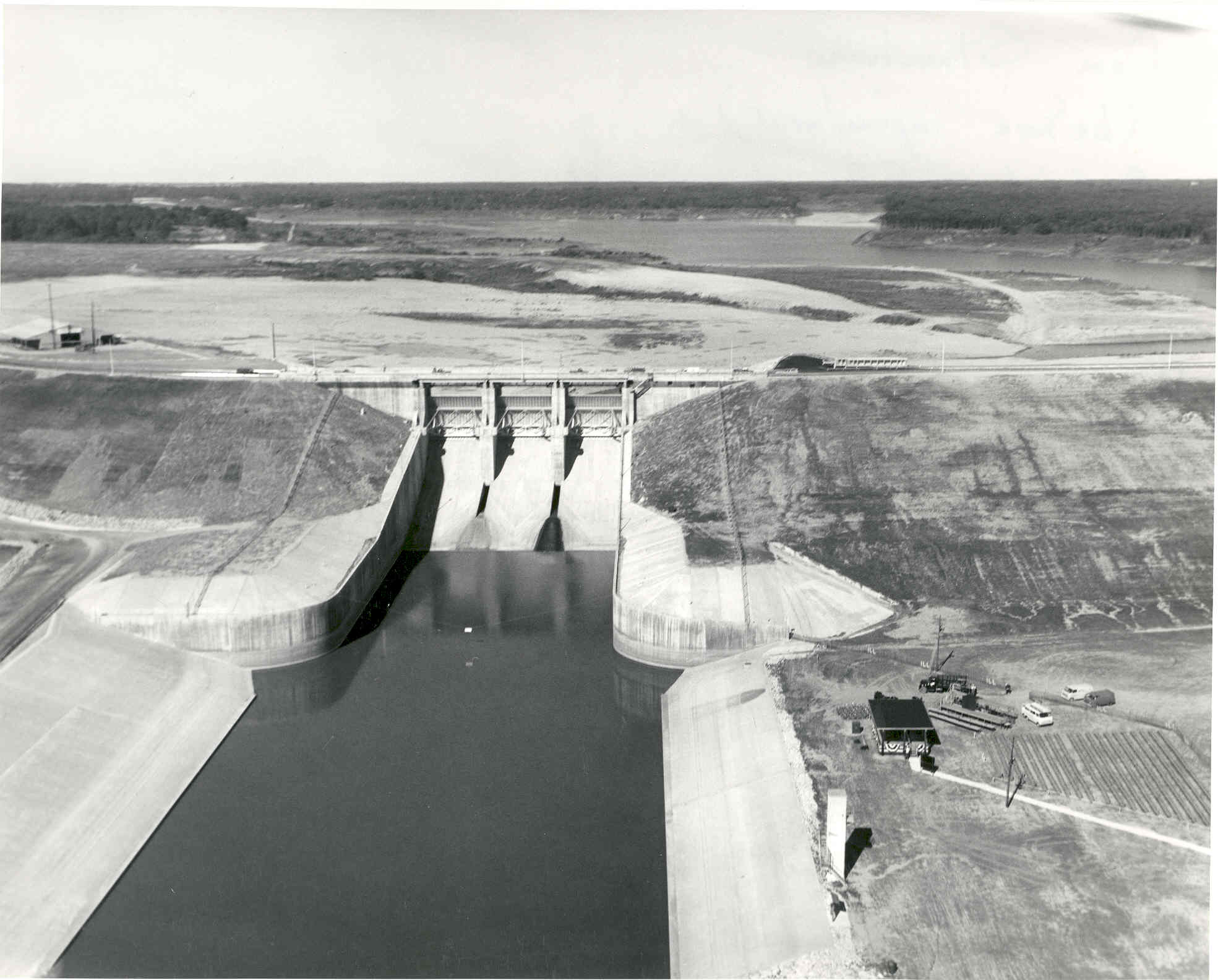 Historical photo of Lake Shelbyville dam